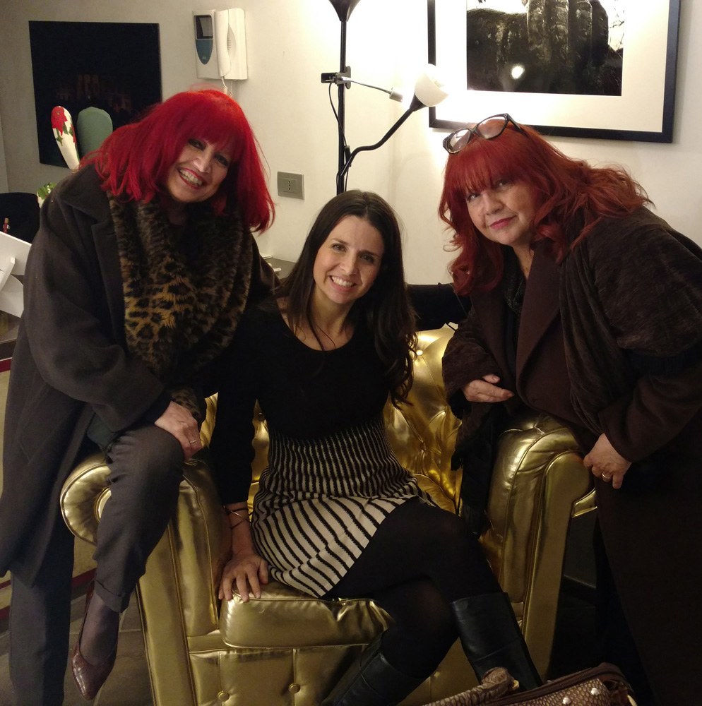 Harker with gallery owners Tina & Teresa Zurlo